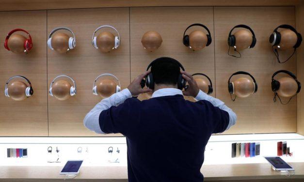 Apple ще представи нови безжични слушалки Beats заедно с iPhone 7