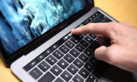 Новият Touch Bar на MacBook Pro работи с iOS