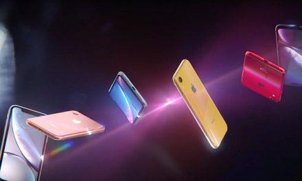 Заедно с предварителните поръчки за iPhone Xr, Apple пусна два нови клипа за модела